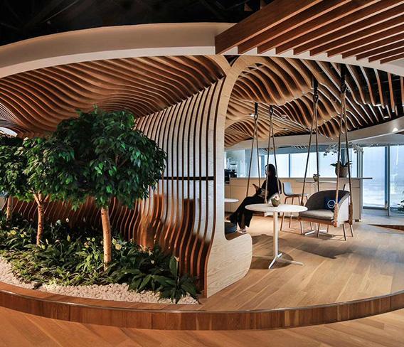 北京时尚餐厅绿可木异形吊顶