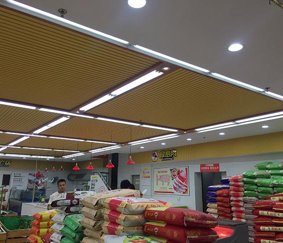 东莞天润发超市生态木天花