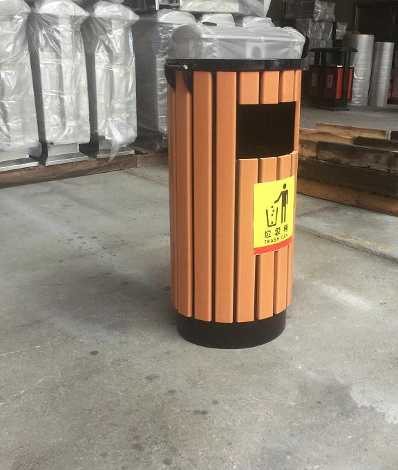 LJT1001塑木垃圾桶